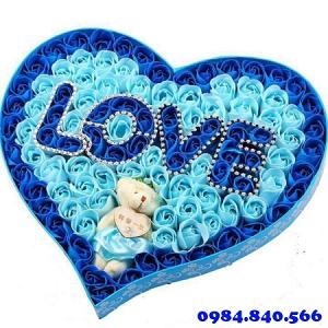 Hộp trái tim 99 hoa sáp màu ...